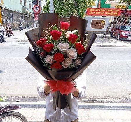 hoa dĩ an bình dương sachiomega369